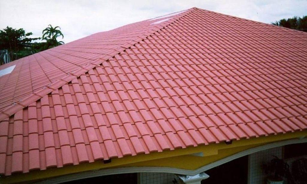 House with PET tile roof.